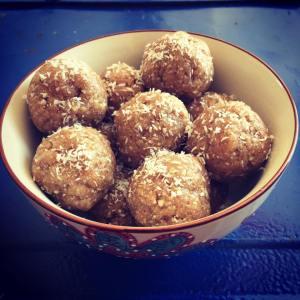 Pine nut Yumballs