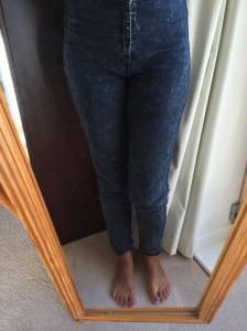 Fat jeans image